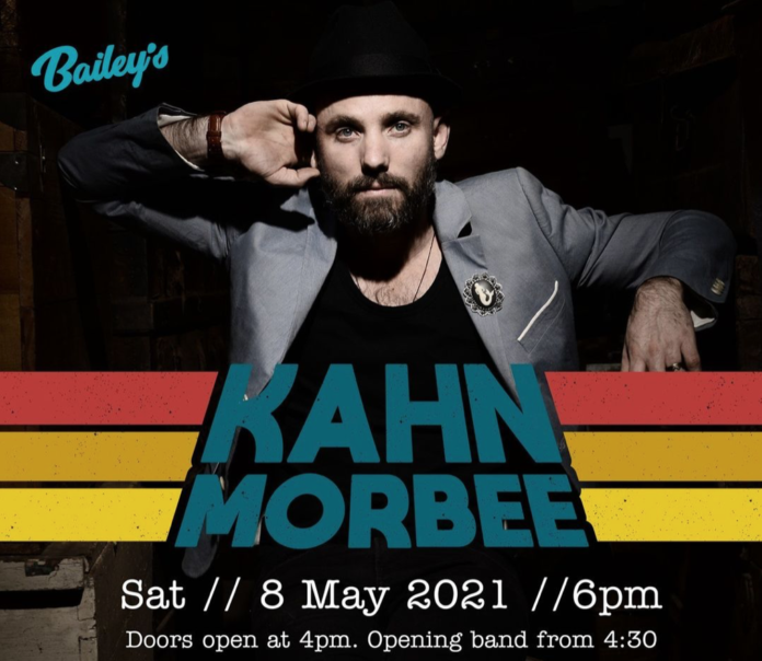 Kahn Morbee Performing At Bailey's Live